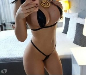 Innaya top escort in Geratal, TH